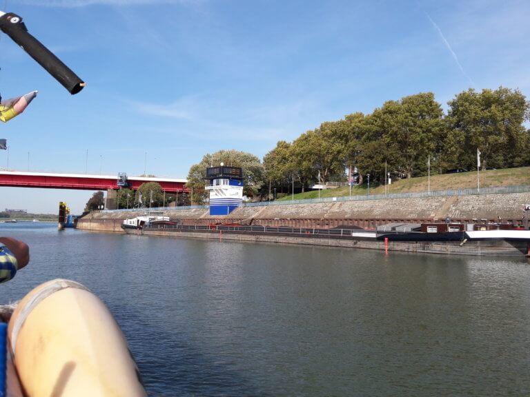 Wasserstandsanzeige Rheinpegel