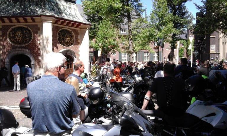 Biker bei der Segnung ihrer Motorräder in Kevelaer